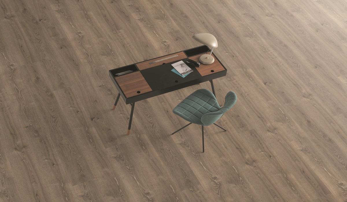 Slider_Produkte_02PI_AP_PH_flo_workspace_studio_detail_desk_long_wv4_EPL118_F6